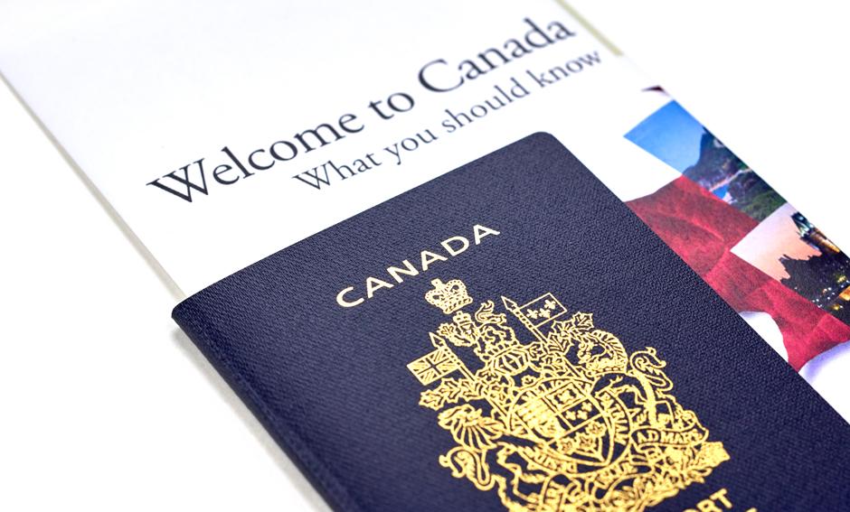 получение гражданства Канады
